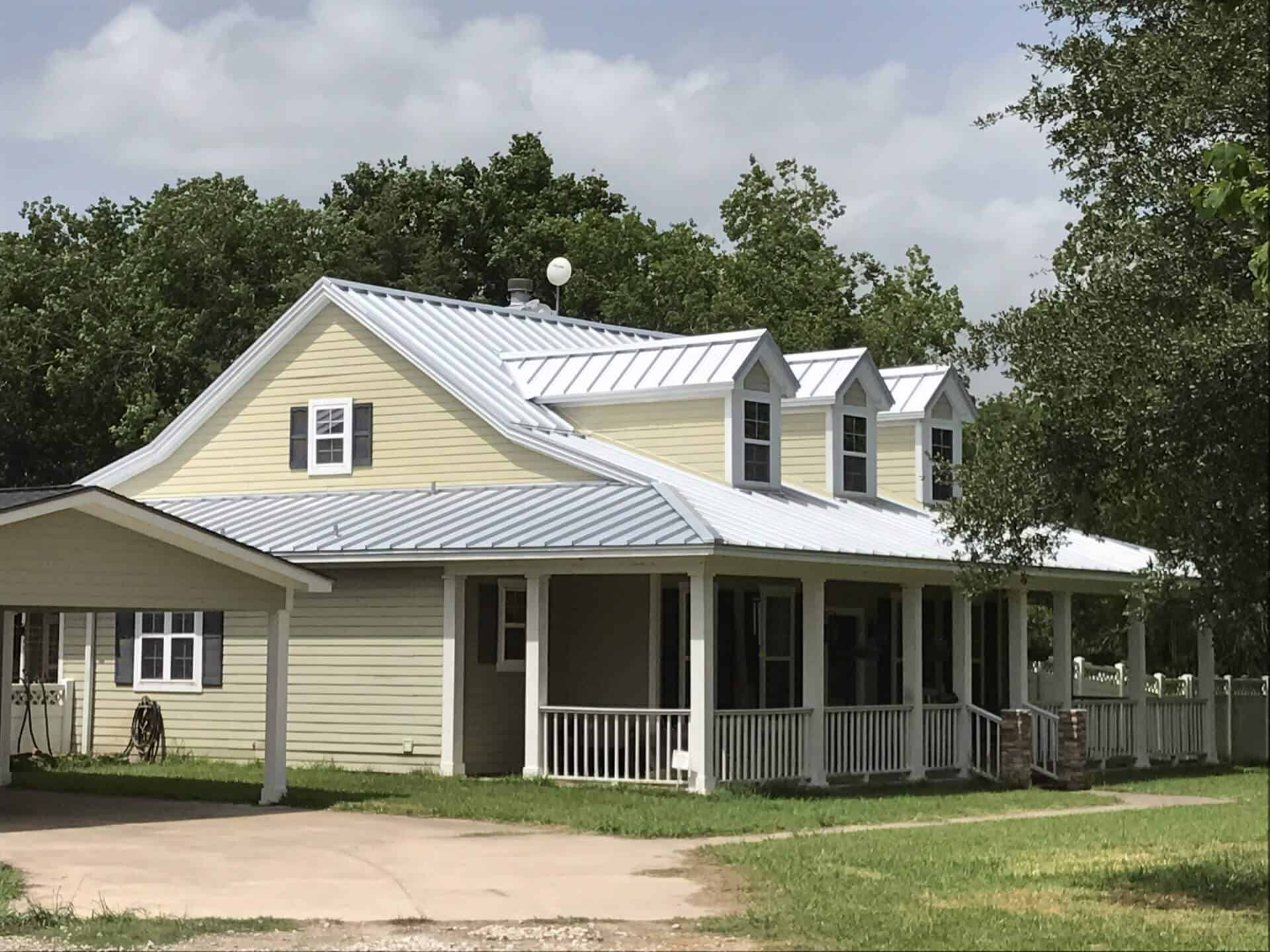 Medallion-Lok Standing Seam Metal Roof - Galvalume Plus